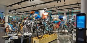 Inside view of the Bründl Sports Bike World. Directly located at the Planai Bike Park.<br/>