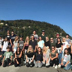 a group photo wih apprentices from Salzburg
