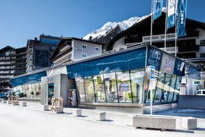 Unsere Bründl Sports Ischgl Pardatschgratbahn Filiale in der Talstation.