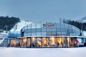 Bründl Sports Shop next to the ski lift- winter shot <br/>