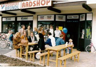 Außenansicht des Radshop Kaprun in 1991