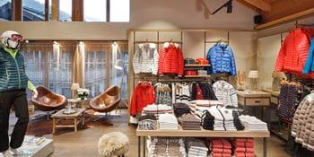 Damen Skibekleidung im Bründl Sports Saalbach Zentrum <br/>