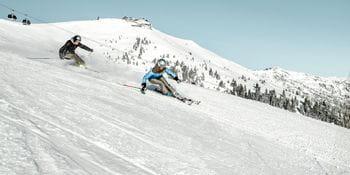 two skiers at Schmitten
