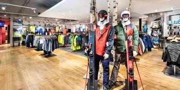 Innenansicht Bruendl Sports Outlet Salzburg Wintertextil