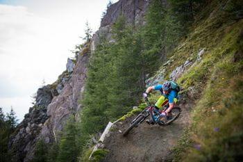 Downhill Biker am Kitzsteinhorn