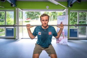 Stefan Brennsteiner beim Krafttraining im INJOY Kaprun