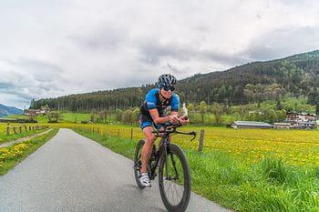 Andrea Höller am Rennrad