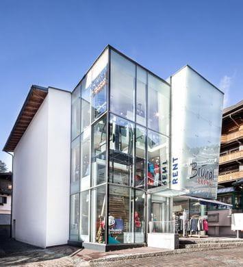 Außenansicht Bründl Sports Shop Saalbach Life.Style