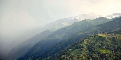 Abbildung von Bergen