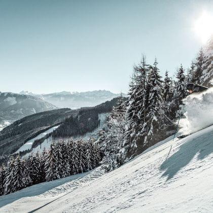 deep snow next to the Schmittenhoehebahn
